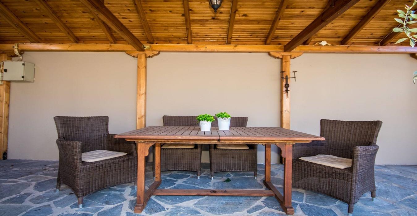 slider-veranta-voloshome-airbnb